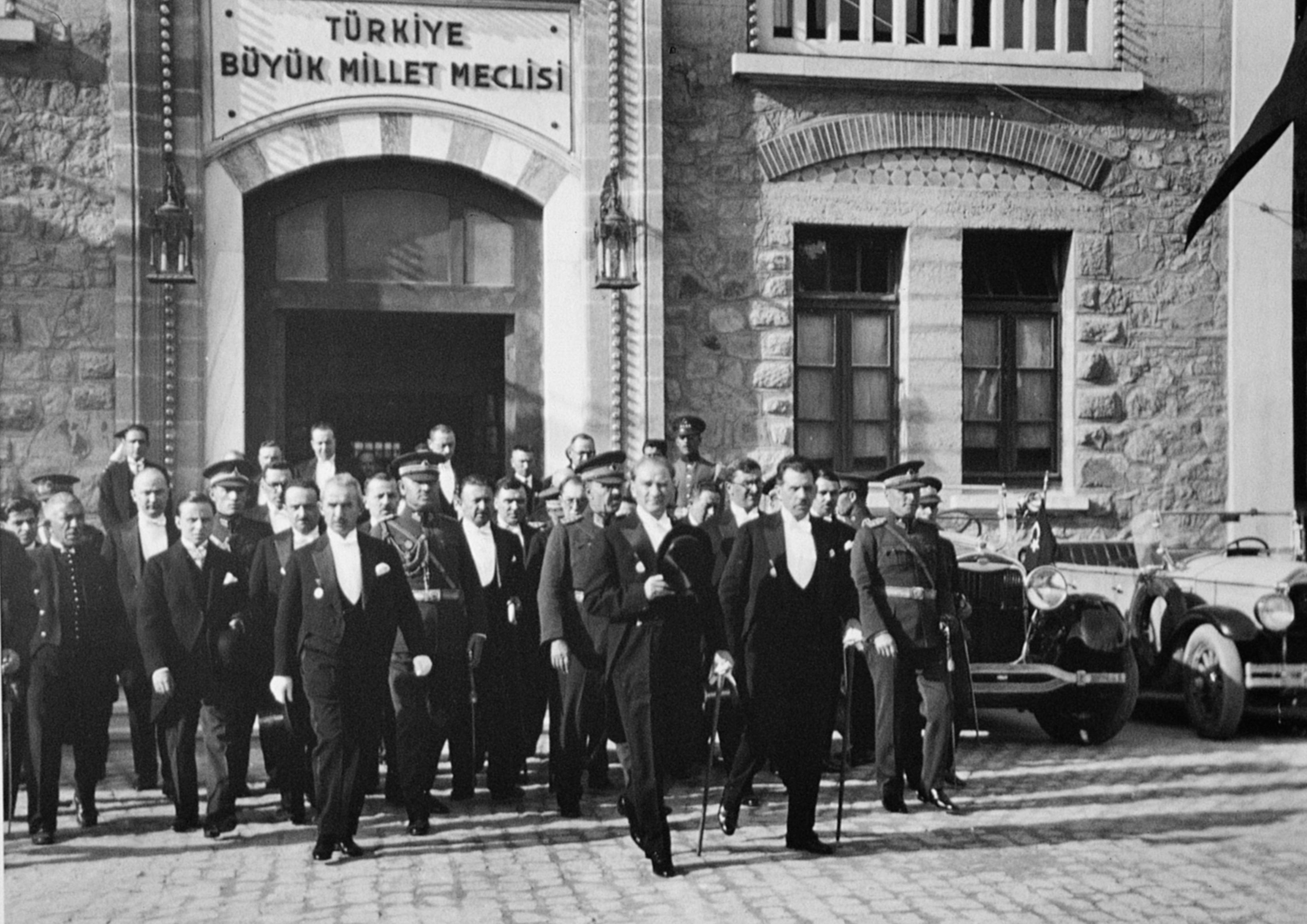 Türkiye yolunda adımlar ınkılap tarihi ders notları 8 sınıf